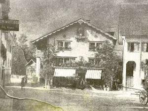 Erstes Geschäft von Herrenschneider Josef Leonhard Auf der Maur 1812